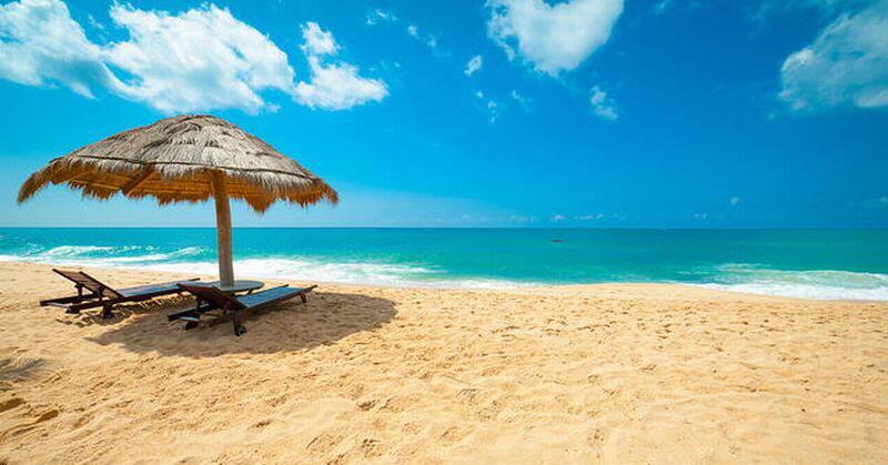 Pantai Memang Menarik