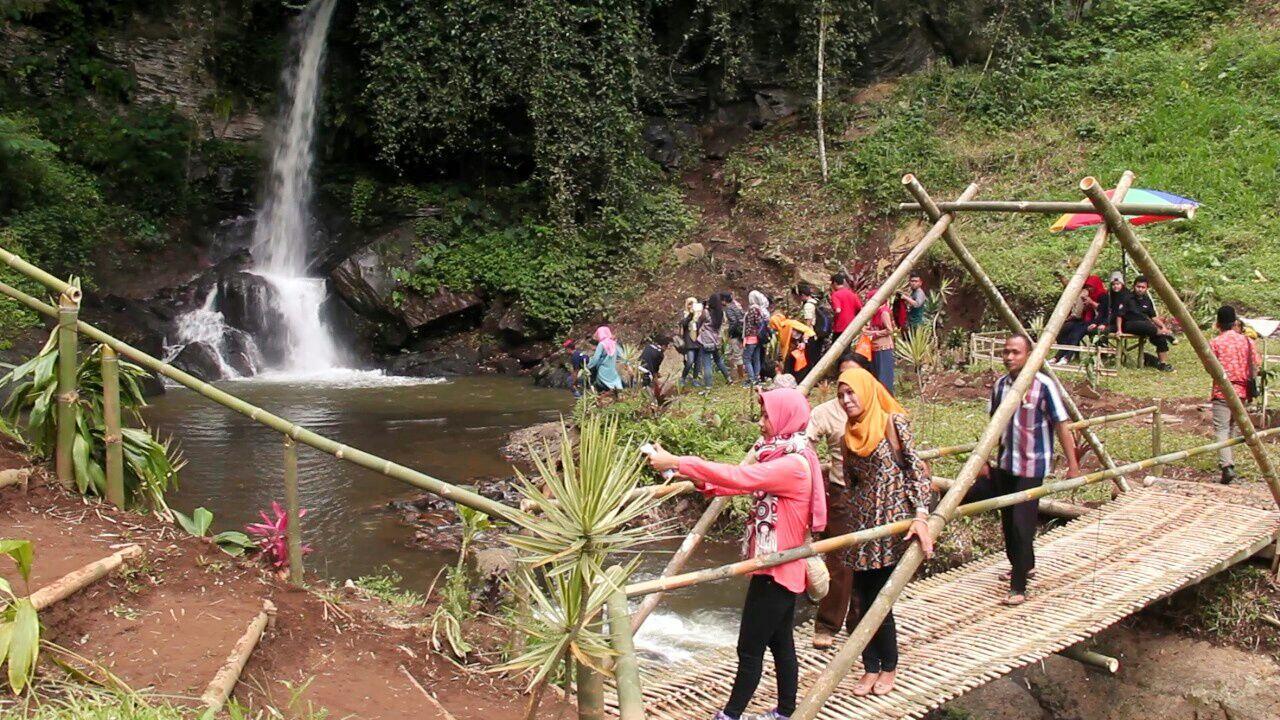 'Sumber Nyonya', Pesona Tersembunyi Air Terjun di Kalipucang Pasuruan