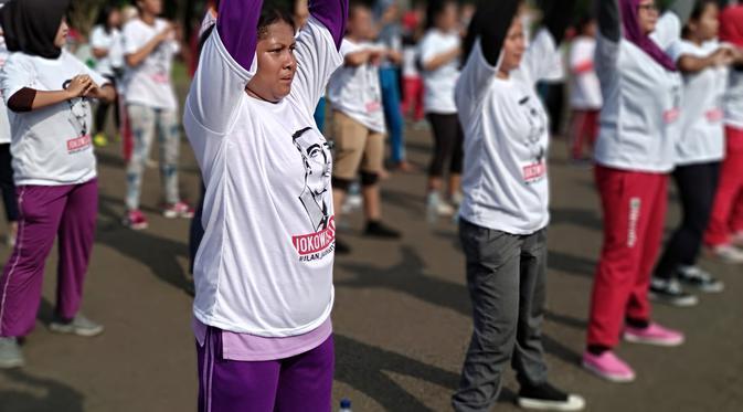 Relawan Jokowi Ramaikan CFD, Senam dan Pakai Kaus Dilanjutkan 2019