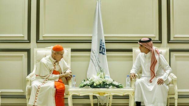 Riyadh dan Vatikan Gandengan Bangun Gereja di Arab Saudi
