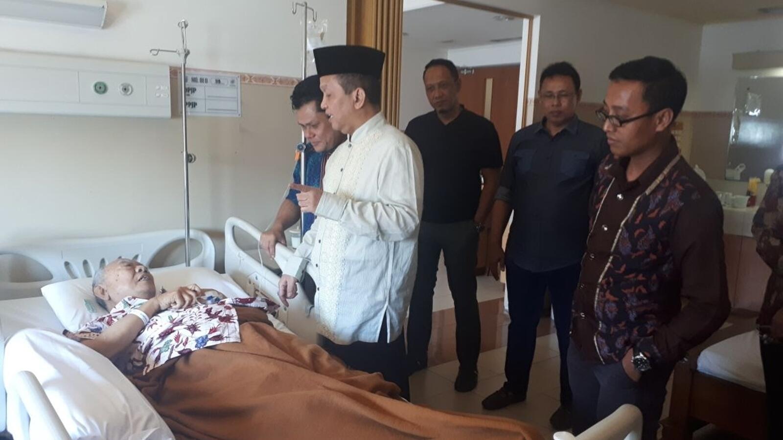 Gus Solah Dirawat di RSUD Dr Soetomo Surabaya