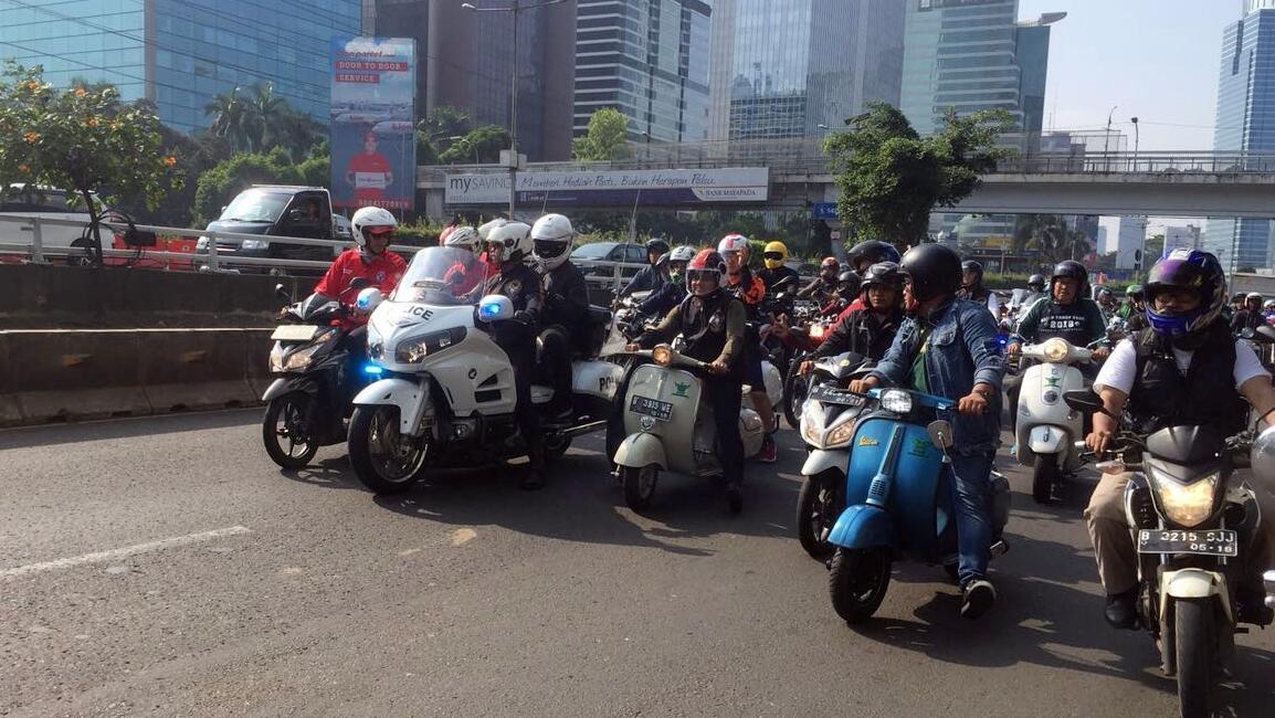 Cak Imin Konvoi Bareng Komunitas Motor Sambil #KumpulSampahPlastik