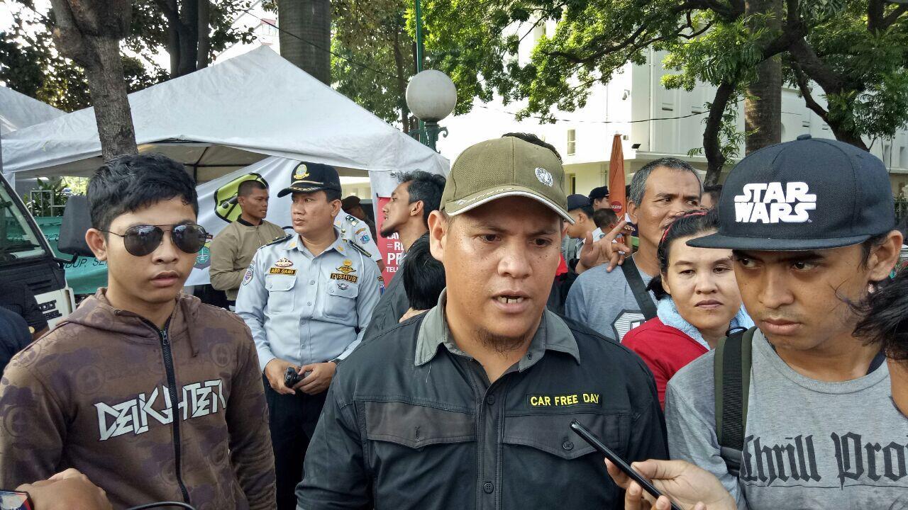 Memakai Kaos #2019GantiPresiden, Pengunjung CFD Diminta Ganti Pakaian