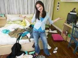 Waduh.Ternyata Wanita Sering Melakukan 5 Hal Ketika Sendirian Di Kamar