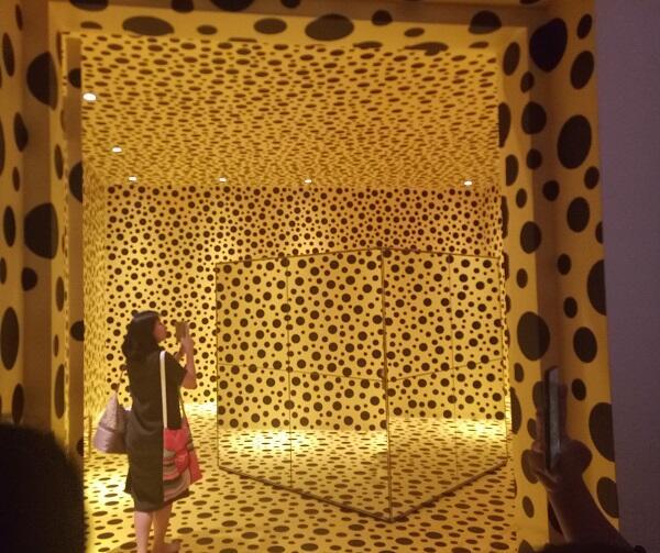 Mengintip Kerennya Pameran Seniman Dunia Ternama Yayoi Kusama di Indonesia