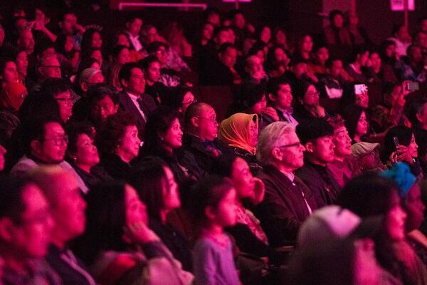 Senias Muda Livi Zheng Perkenalkan Blitar ke Los Angeles!