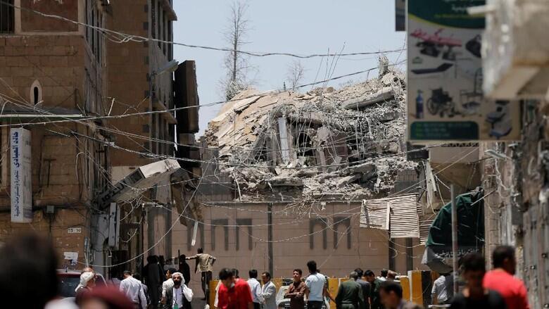 Arab Saudi Serang Istana Kepresidenan Yaman, 6 Orang Tewas