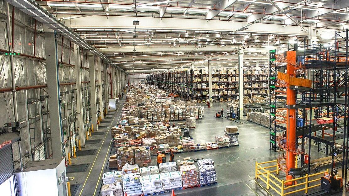 Operasional Perusahaan Logistik Bengkak Akibat Libur Lebaran 11 Hari