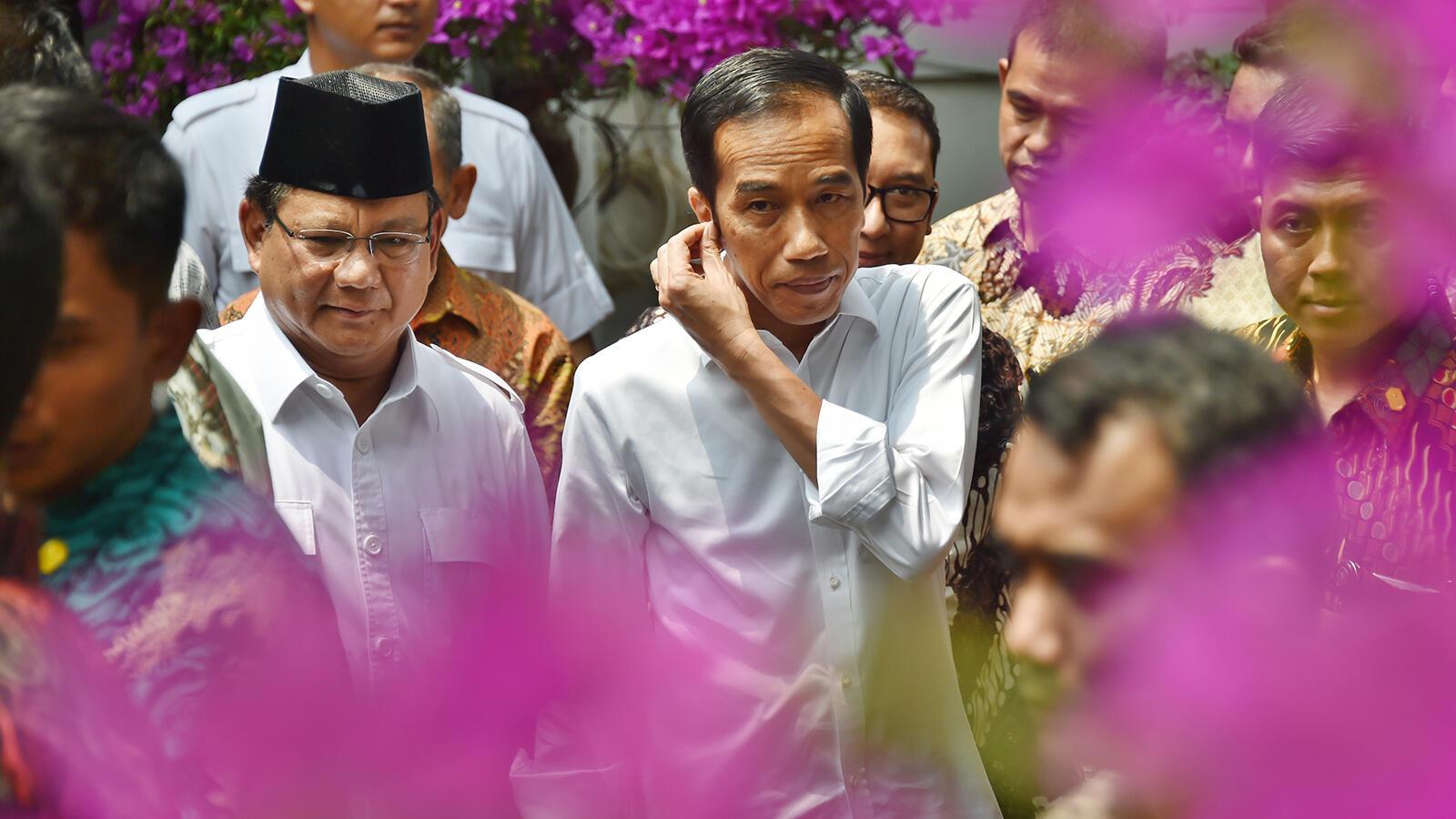 LSI Denny JA: Jokowi Dongkrak Suara PDIP, Prabowo Kerek Gerindra
