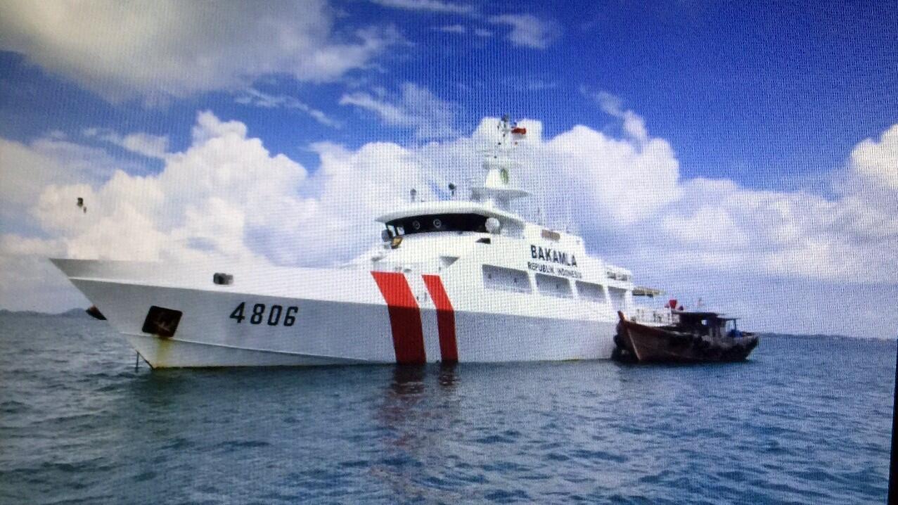 Bakamla Tangkap Kapal yang Akan Angkut BBM Ilegal di Selat Malaka