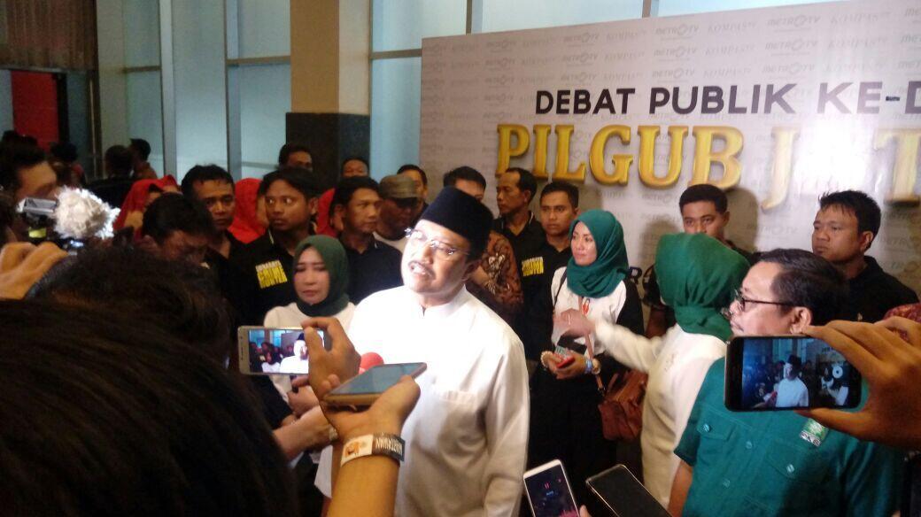 Khofifah dan Gus Ipul 'Catut' Program Jokowi di Debat Kedua Pilgub