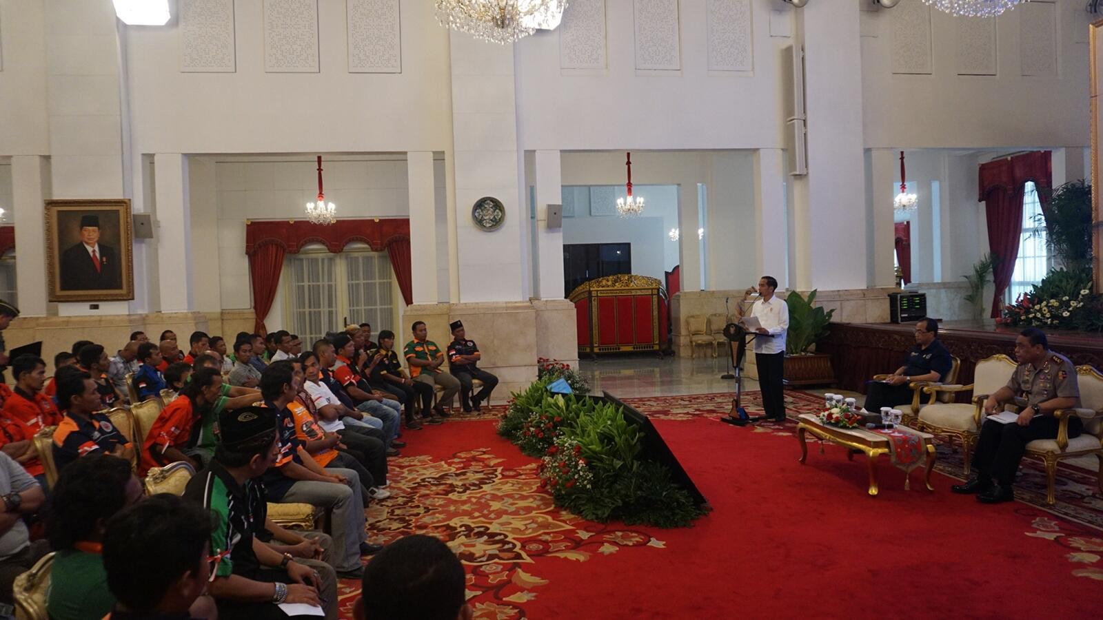 Jokowi Kaget Sopir Truk Kena Pungli: Saya Tindak!