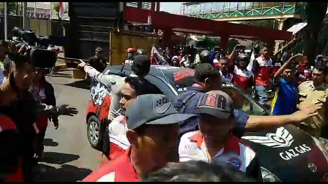 Dirumahkan Sepihak, Serikat Buruh di Pasuruan Demo PT HM Sampoerna