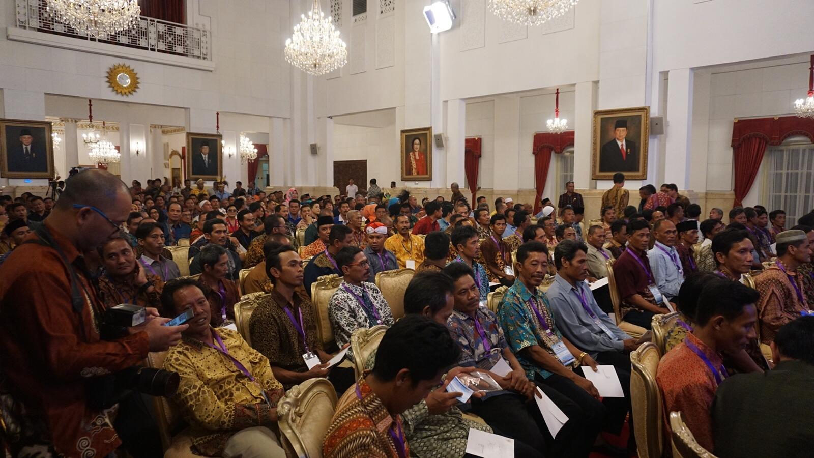 Teriakan 'Hidup Susi' Jelang Pertemuan Nelayan dengan Jokowi di Istana