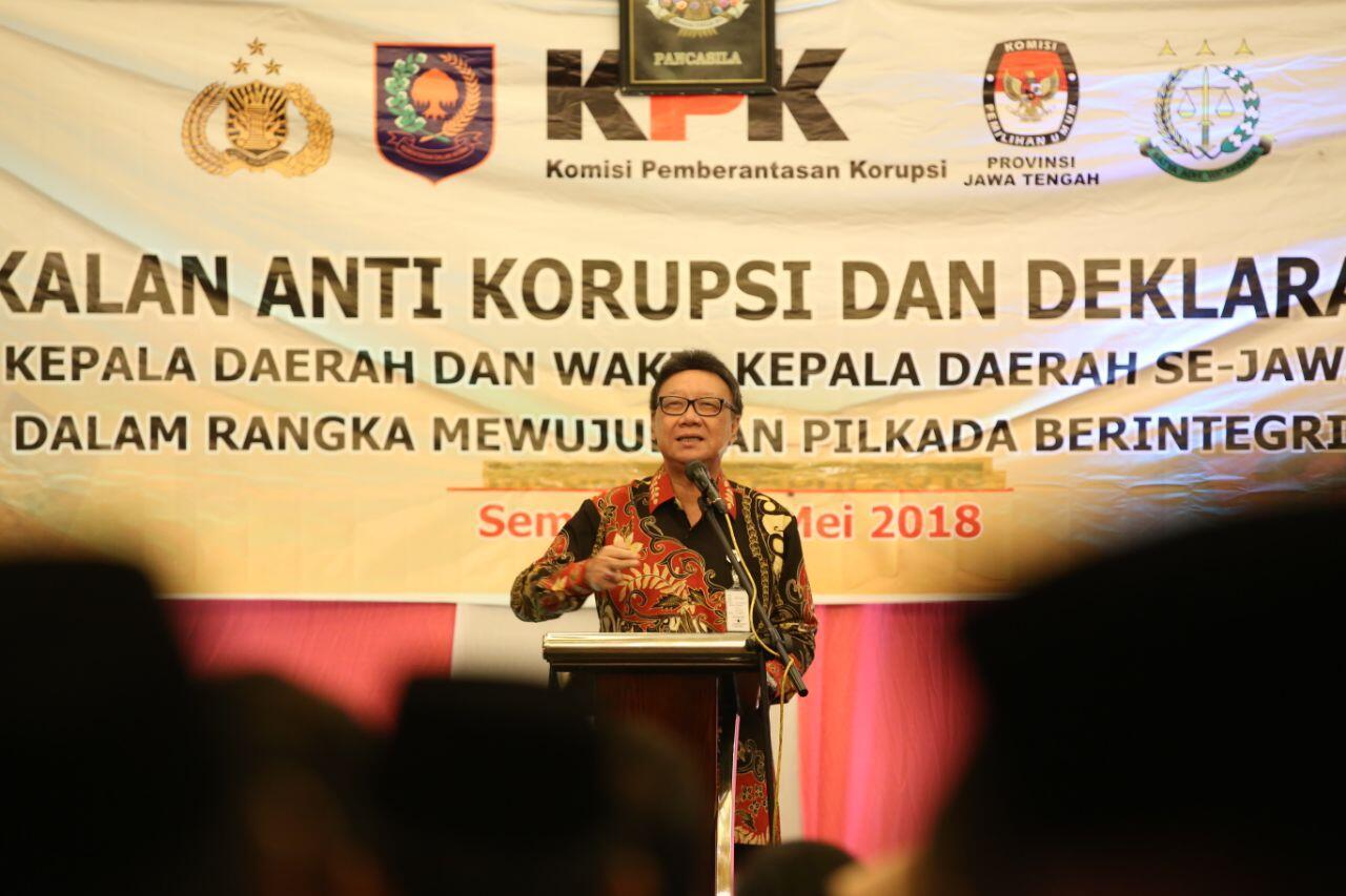 Kisah-kisah Mendagri tentang Korupsi Kepala Daerah