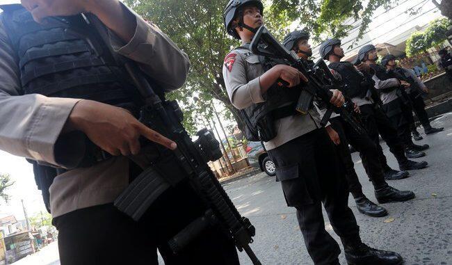 6 Polisi Disandera Sejak Kemarin, 5 Orang Akhirnya Gugur