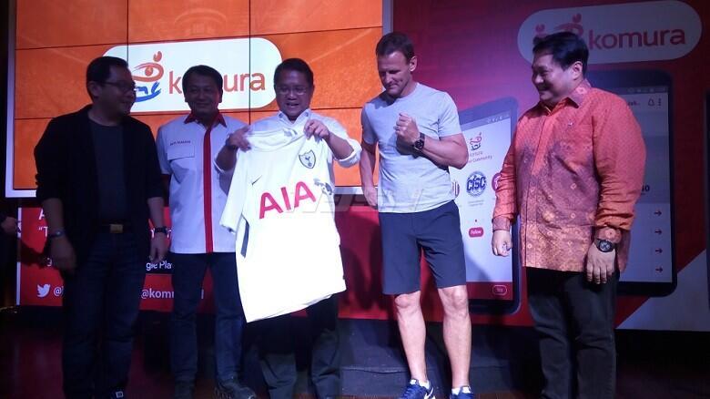 Teddy Sheringham Sebut Indonesia Negara Pecinta Sepakbola Terbesar di Dunia