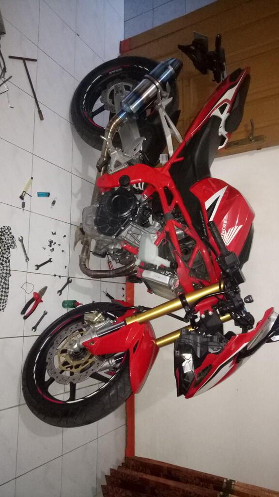 Minta bantuannya Bagaimana cara mengatasi Masalah di sepeda motor CBR 250rr