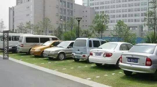 Biasakan Parkir Mundur Yuk Gan