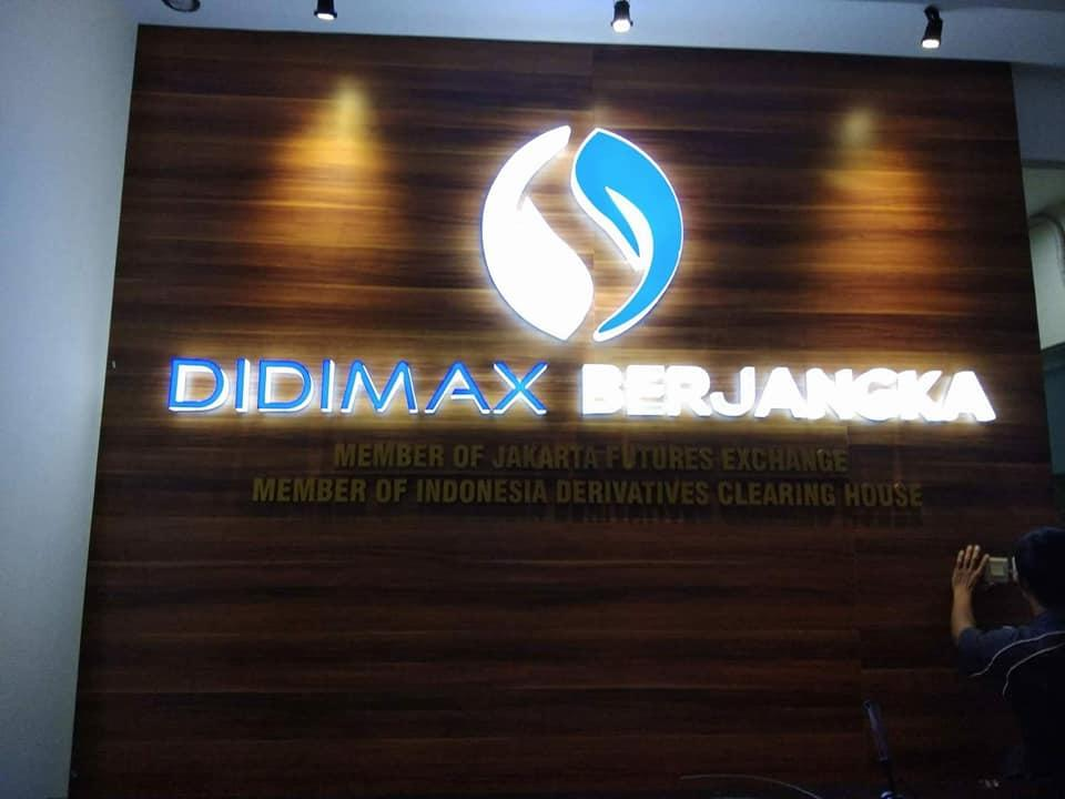 """COME ON JOIN WITH US """" PT DIDI MAX BERJANGKA """" !!!!"""