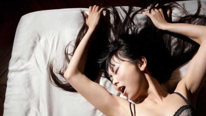 43 Cara melakukan hubungan intim yang benar, tahan lama, dan memuaskan bagi pasutri