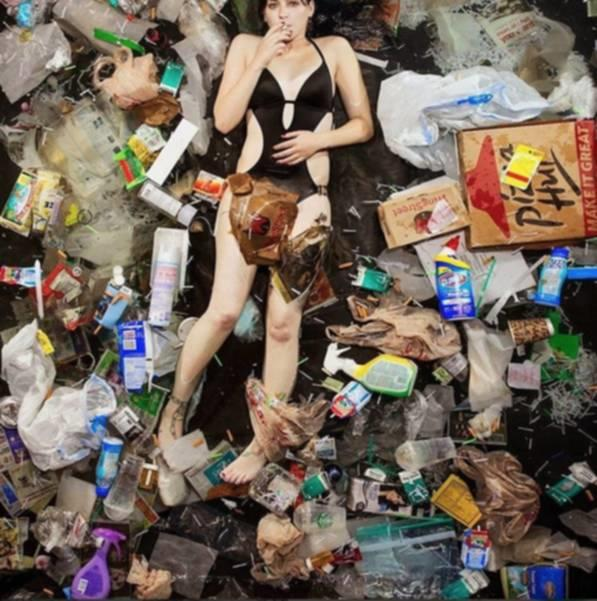 Fakta Mengerikan di Balik Minum Air Mineral Dalam Kemasan!