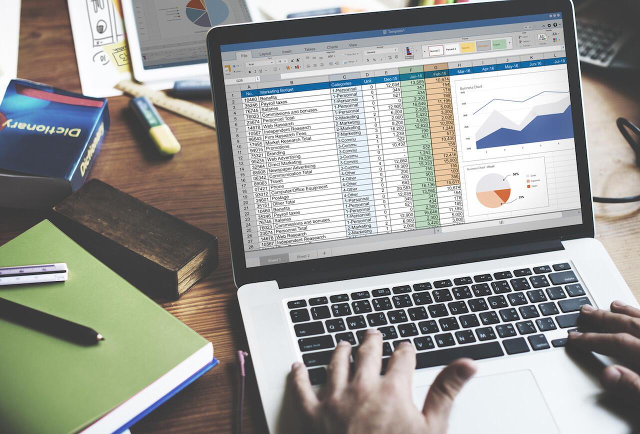Alasan Mengapa Jangan Menggunakan Excel untuk Mengelola Keuangan Bisnis Anda