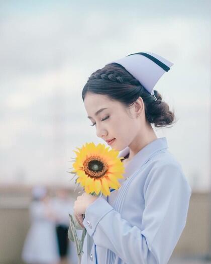 Mengapa Perawat Itu Harus Cantik?