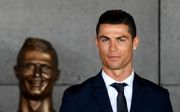 Cristiano Ronaldo Dapat Pekerjaan Baru Jadi Produser Serial Drama