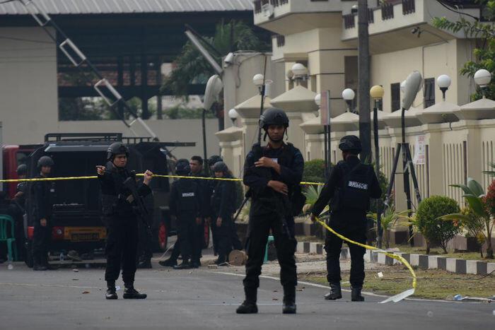 Satu tewas dalam penangkapan terduga teroris di Bekasi
