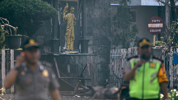Ledakan Bom 3 Gereja di Surabaya Tewaskan 8 Jiwa dan 38 Korban Luka