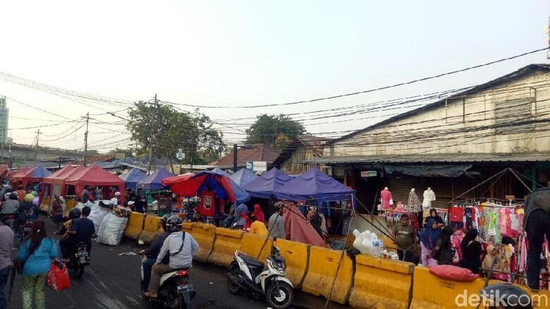 PKL Tolak Usul Sandiaga Berjualan Mobile Saat Ramadan
