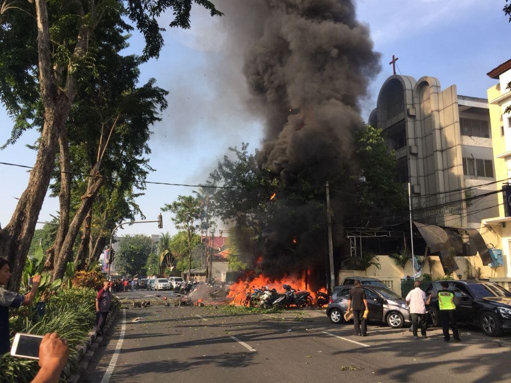 Ledakan Gereja di Surabaya, 4 Tewas