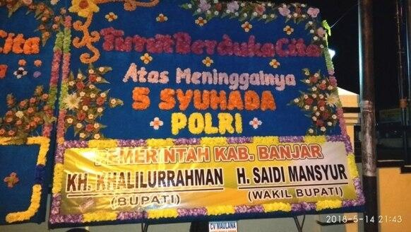 Polres Banjar Dipenuhi Karangan Bunga untuk Syuhada Polri