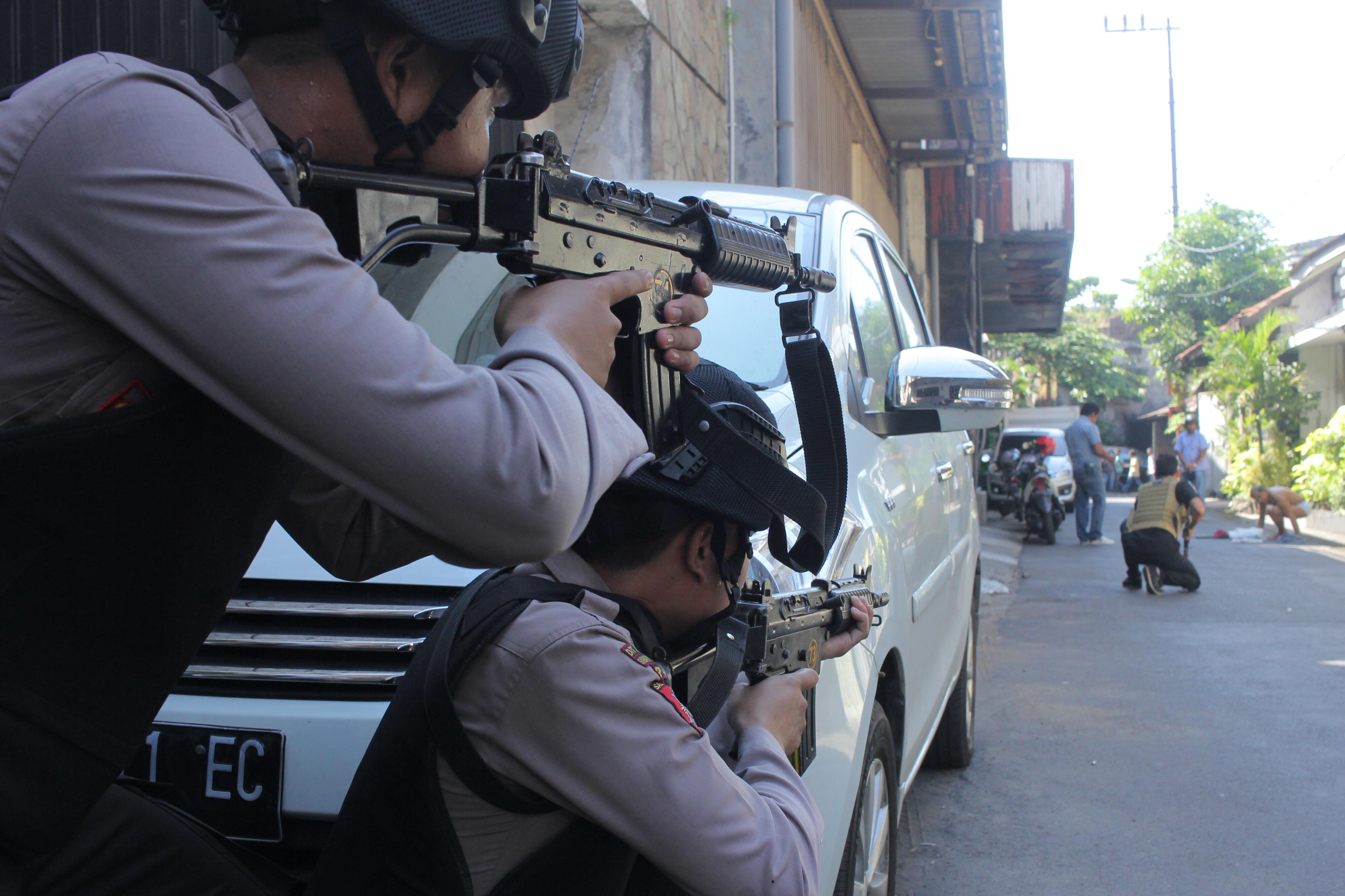 Densus 88 Amankan 8 Tersangka Teroris di Surabaya dan Sidoarjo
