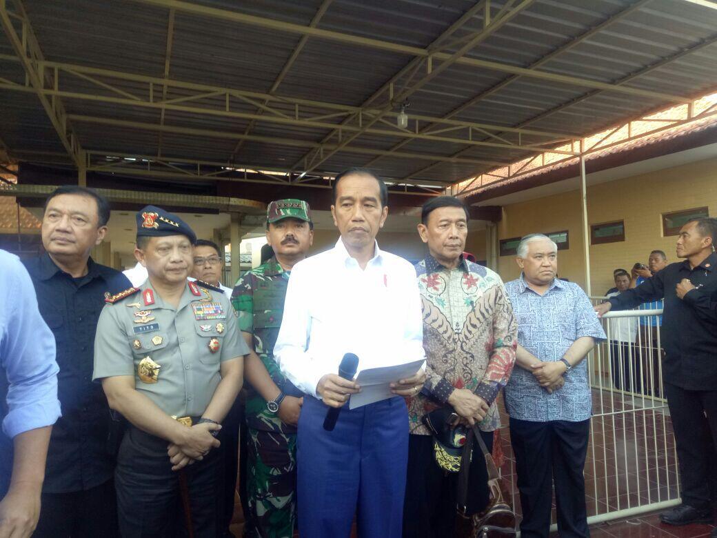 [BREAKING] Presiden Jokowi Minta DPR Segera Selesaikan UU Terorisme