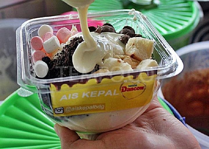 Es Kepal Milo vs Es Kepal Dancow, Pilih Mana?
