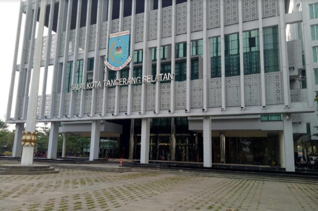 Kantor Pemkot Tangsel Diperiksa Penyidik KPK