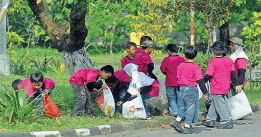 [COC GL] Perlunya Mengajarkan Cinta Lingkungan Kepada Kids Jaman Now
