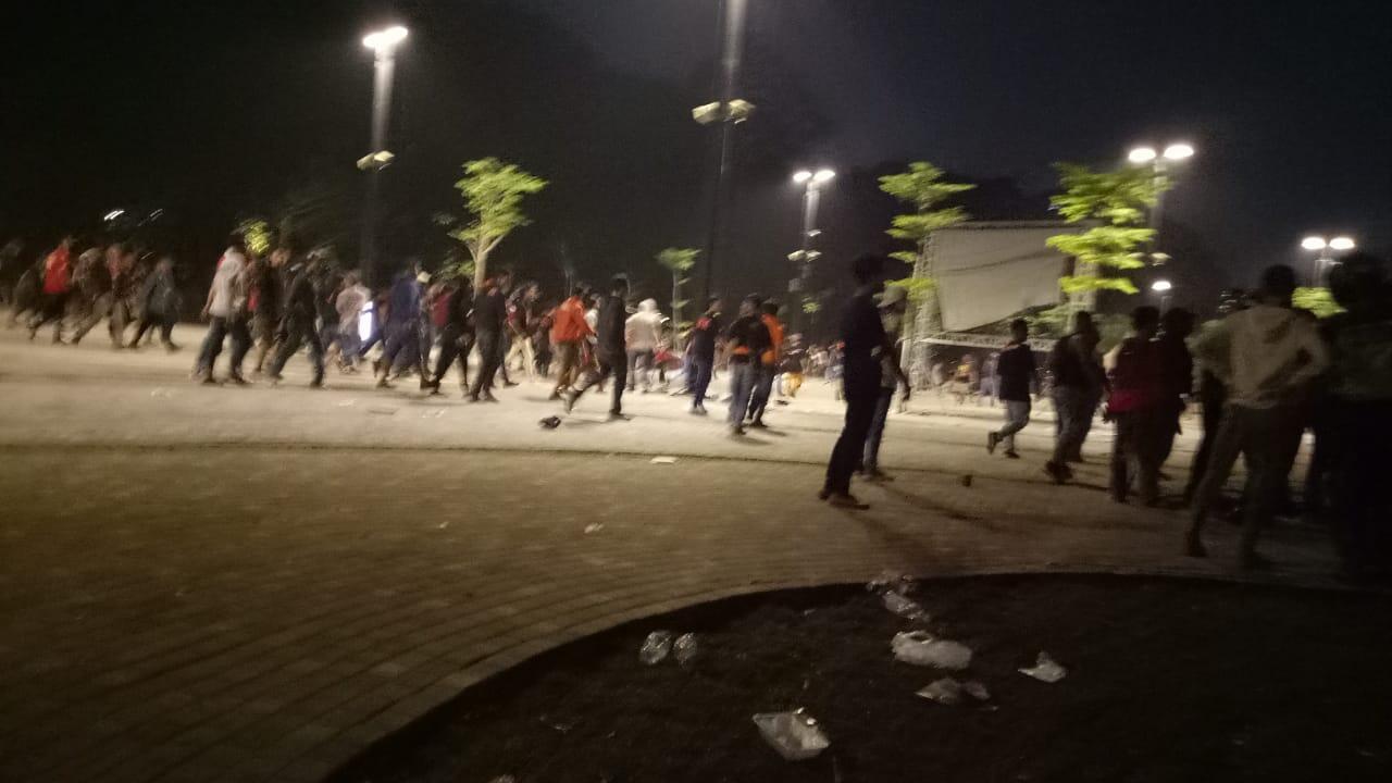 Persija Kalah 1-3 atas Home United, Supporter Rusuh di GBK