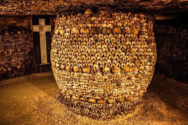 """Beberapa Fakta Unik tentang """"Catacomb Of Paris""""."""