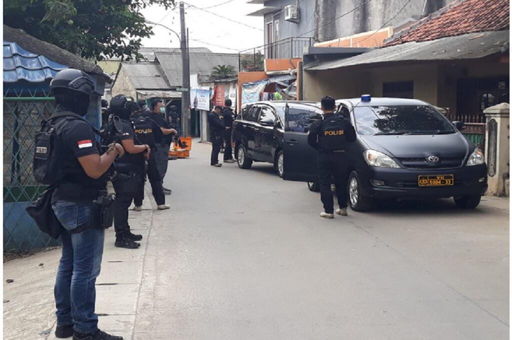 Bunyi Tembakan Terdengar di Lokasi Penggerebekan di Tangerang