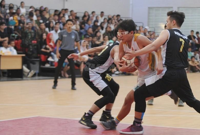 Tim Putra Kab Tangerang Kunci Gelar Basket Usai Tekuk Kota Tangsel