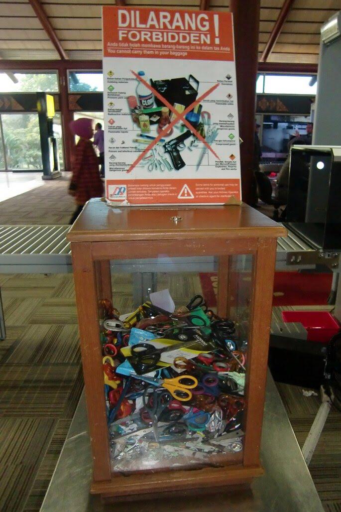 Bikin Melongo, Inilah 10 Benda Yang Sering Disita di Bandara