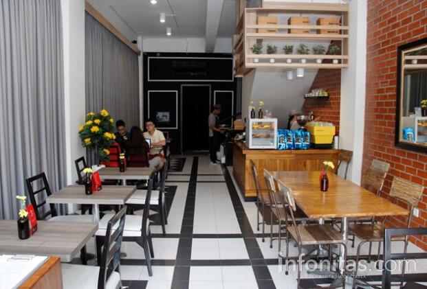 Kuliner di Kelapa Gading : Tempat Kongko Back Office Bistro