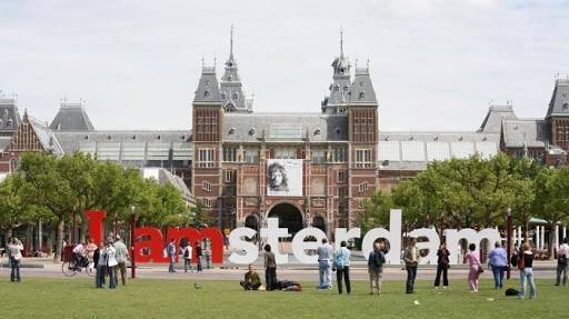 Apa Yang Terjadi Kalau Indonesia Masih Di Jajah Belanda !!