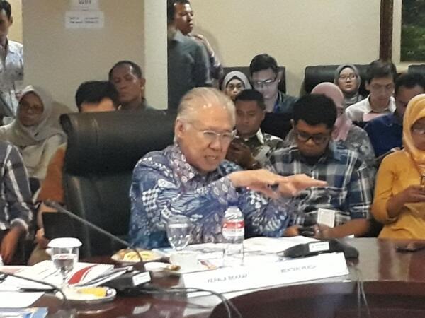 Pantau Pasar di Cirebon, Mendag: Harga Pangan Stabil