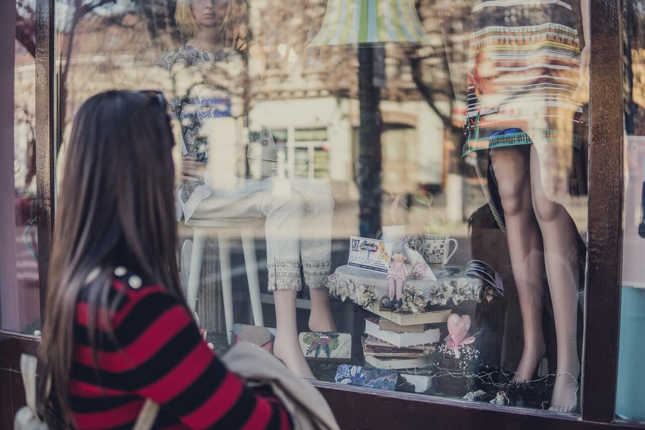 [GATSUONE INFO] 7 Cara Hemat Belanja Baju Lebaran