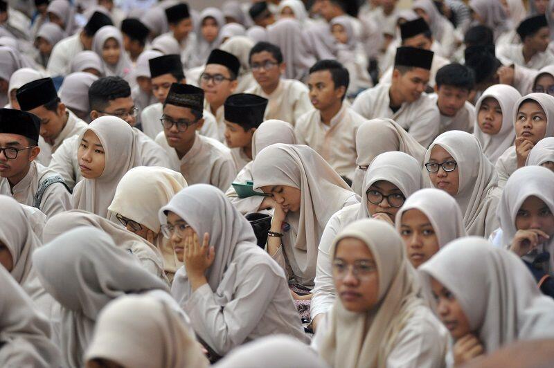 Sejarah Halal Bi Halal, Alat Politik Soekarno untuk Menyatukan Bangsa