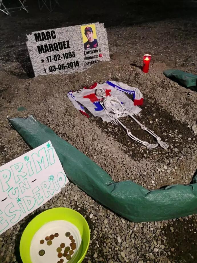 Penampakan Kuburan Marquez di Mugello! Ulah Siapa..?